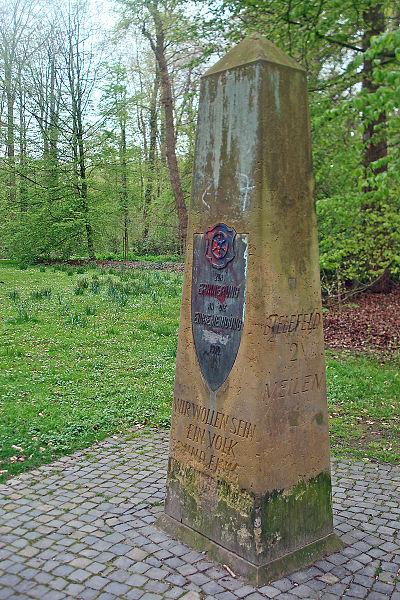 Meilenstein im Stadtpark Gütersloh