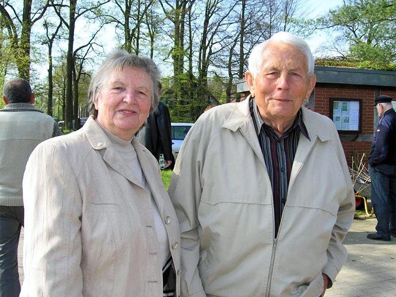 Norbert Zientek mit Ehefrau Irmgard auf der Staudentauschbörse