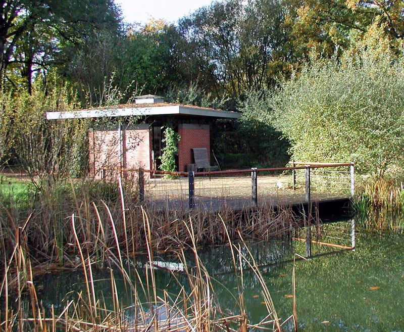 Pavillon-Teich