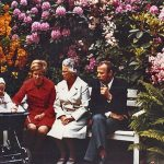 1971: Daniela Toman, heute Vorsitzende des Förderkreises Stadtpark, im Kinderwagen - neben Mutter, Großmutter und Vater.